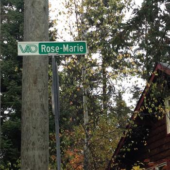 pancarte de rue, ville de val-david