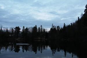 Coucher du soleil sur lac